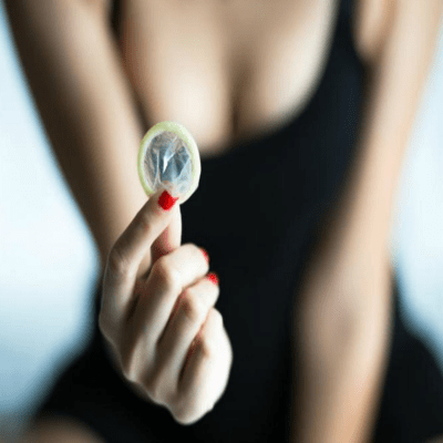 """World's First """"Smart Condom"""" IT Tracks Speed & Performance, Calories Burned During Sex, And Even Detects Chlamydia & Syphilis!"""